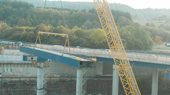 Demag-Germany bridge lift.jpg