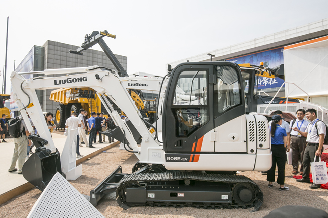 LiuGong 6tonne and 22tonne classes