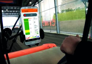 Hamm's Smart Doc app shows in real time how the compaction of the respective transit develops. For inexperienced operators, it is a great help when it comes to training