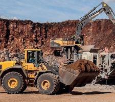 Volvo CE machines at TooWoomba airport