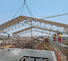 LGS weather protection roof on Vistula bridge