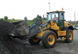 L45F loading shovel - busy in the yard at Huntingdon