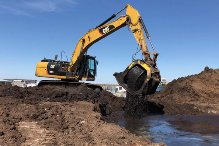 MB-S18 - Cat 320D - Argentina - Environmental remediation - TAR (4).jpg