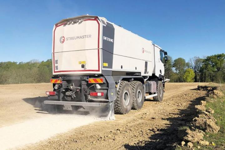 Streumaster is offering innovative new binding material spreader units