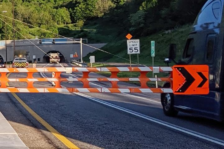 Two series of SwiftGate HSG-18CW automated gate systems facilitate the lane shifts during lane closure in the Tuscarora Mountain Tunnel